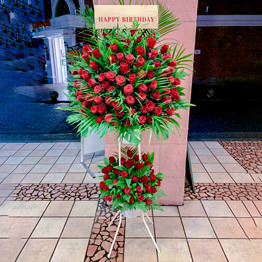 赤バラ2段スタンド花